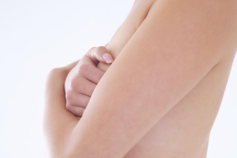 乳房マッサージ